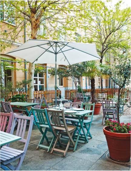 Le Café Bistrót